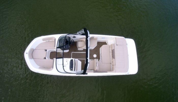 Bayliner Bowrider Boote. Hier: Bayliner VR6
