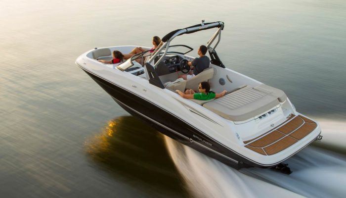 Bayliner-VR5-Bowrider-by-Boote-Pfister